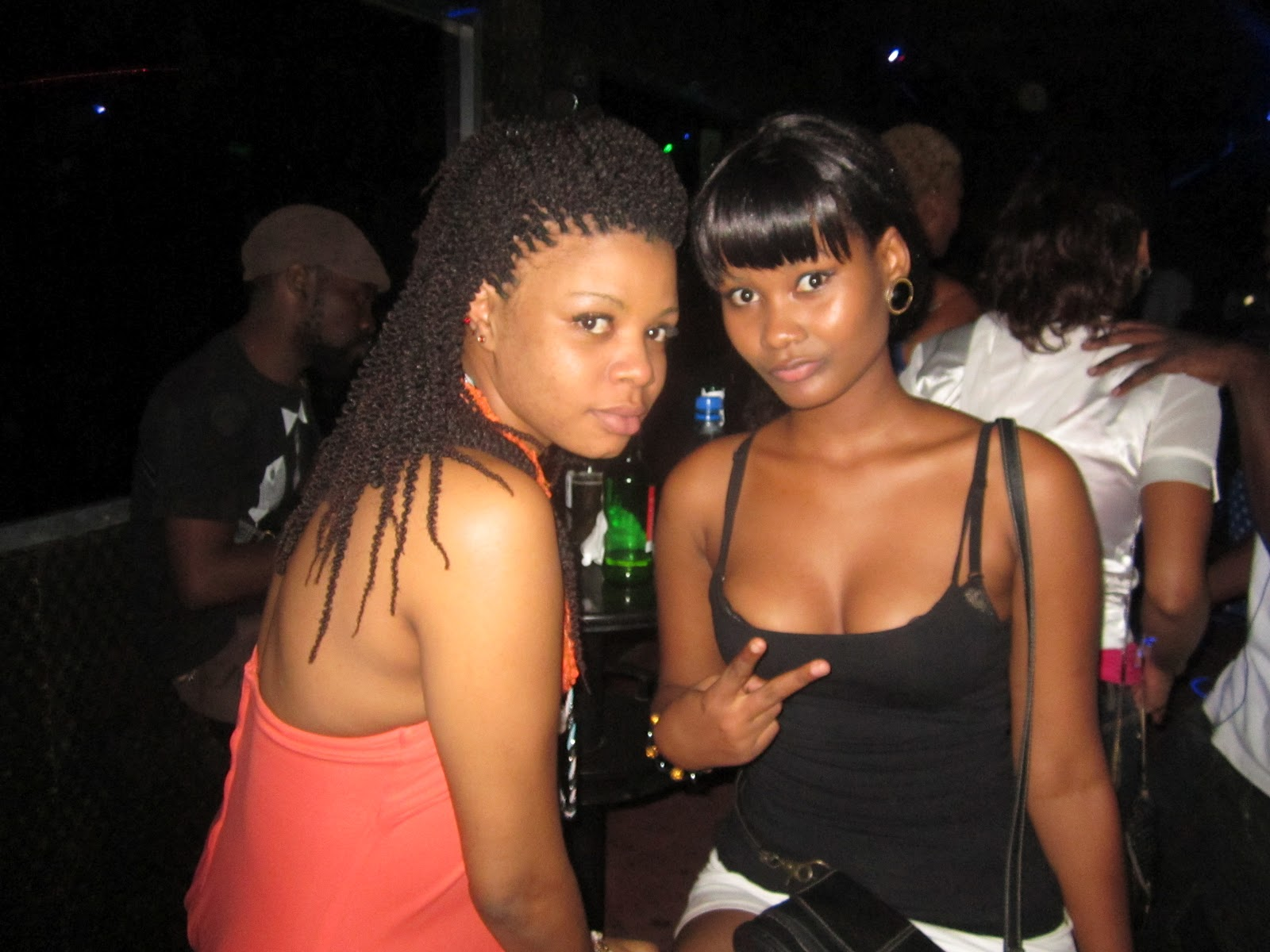 Escort girls in Choma